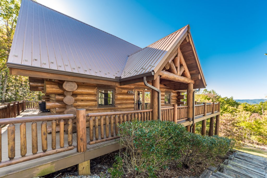 Photo of a Sevierville Cabin named A Cut Above #371 - This is the second photo in the set.