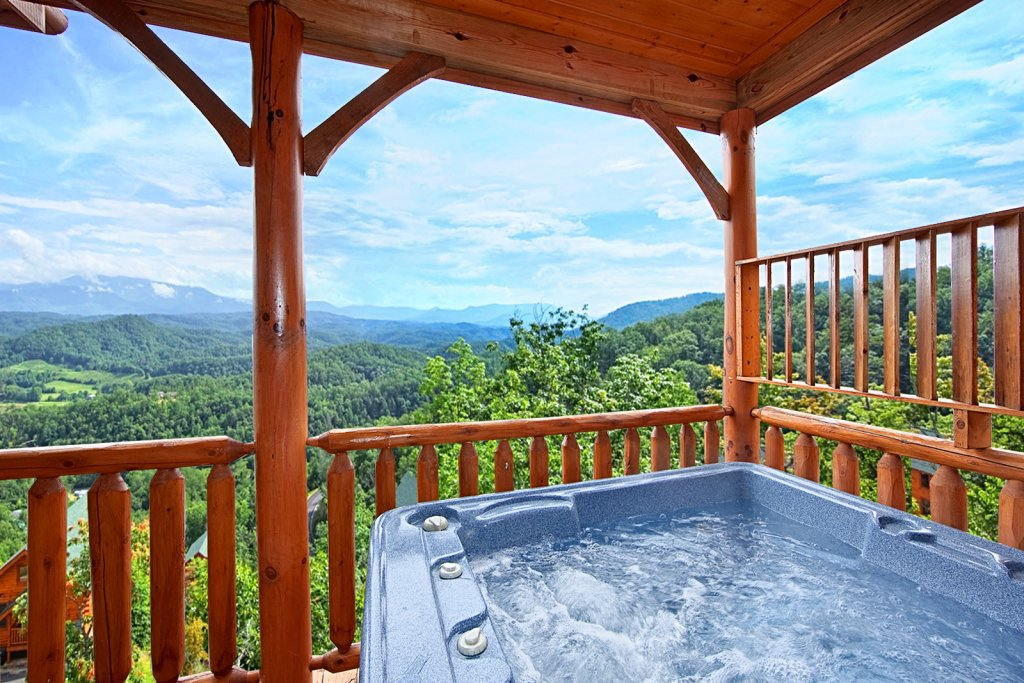 Photo of a Pigeon Forge Cabin named Summit Views (#74) - This is the second photo in the set.