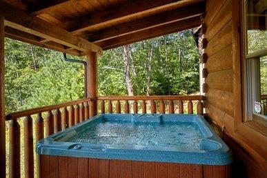 Luxury 2 Bedroom Pigeon Forge Cabin Just Steps To Indoor Pool