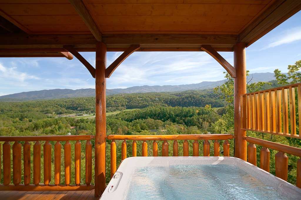 Photo of a Pigeon Forge Cabin named Above The Tree Tops (#49) - This is the second photo in the set.