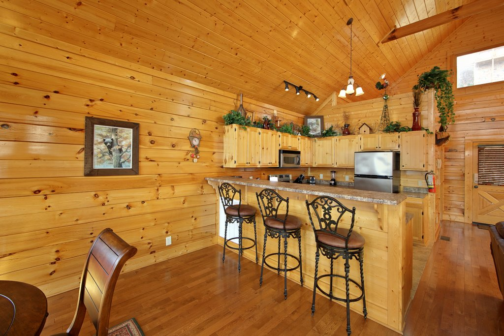 Photo of a Pigeon Forge Cabin named Ridgetop Retreat (#50) - This is the seventh photo in the set.