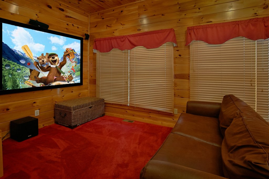 Photo of a Pigeon Forge Cabin named A Mountain View Theater Lodge - This is the fourth photo in the set.