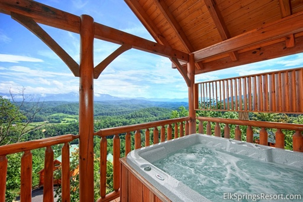 Photo of a Pigeon Forge Cabin named Endless Views (#54) - This is the second photo in the set.