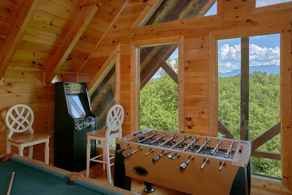 Photo of a Pigeon Forge Cabin named A Mountain View Theater Lodge - This is the eighth photo in the set.