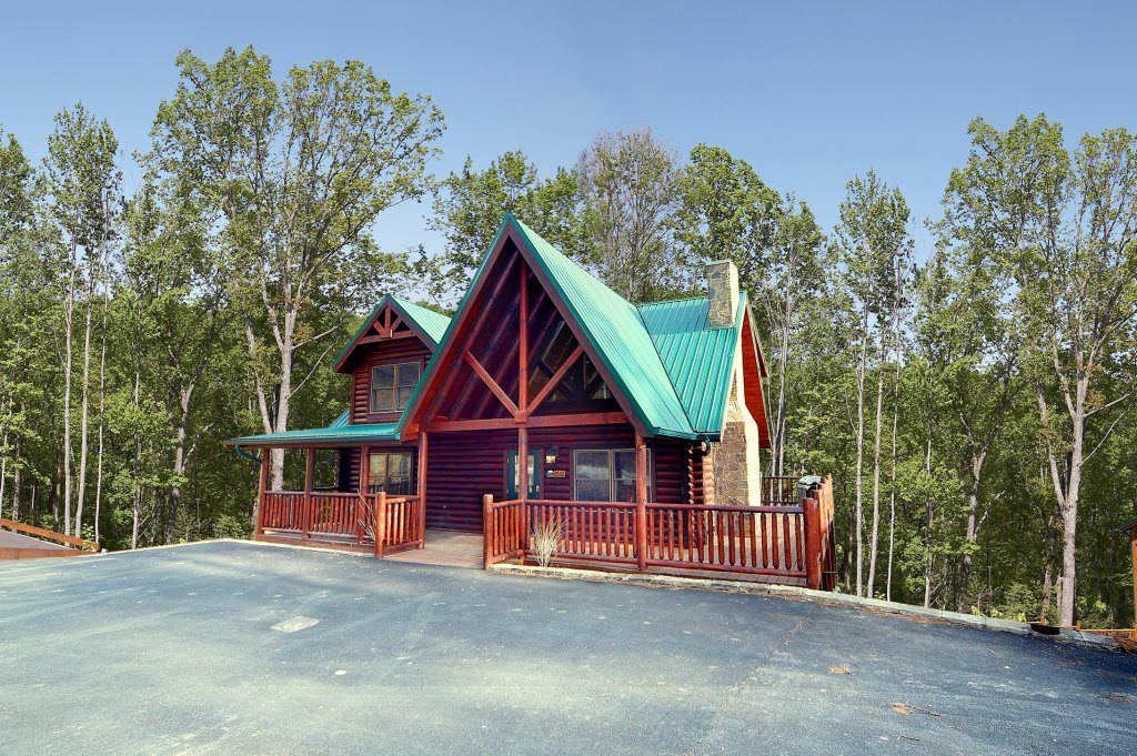 Photo of a Gatlinburg Cabin named A Touch Of Class - This is the thirteenth photo in the set.