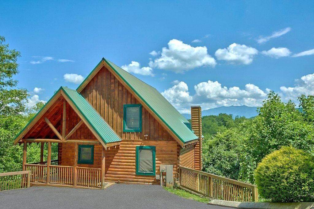 Photo of a Pigeon Forge Cabin named A Mountain View Theater Lodge - This is the twenty-third photo in the set.