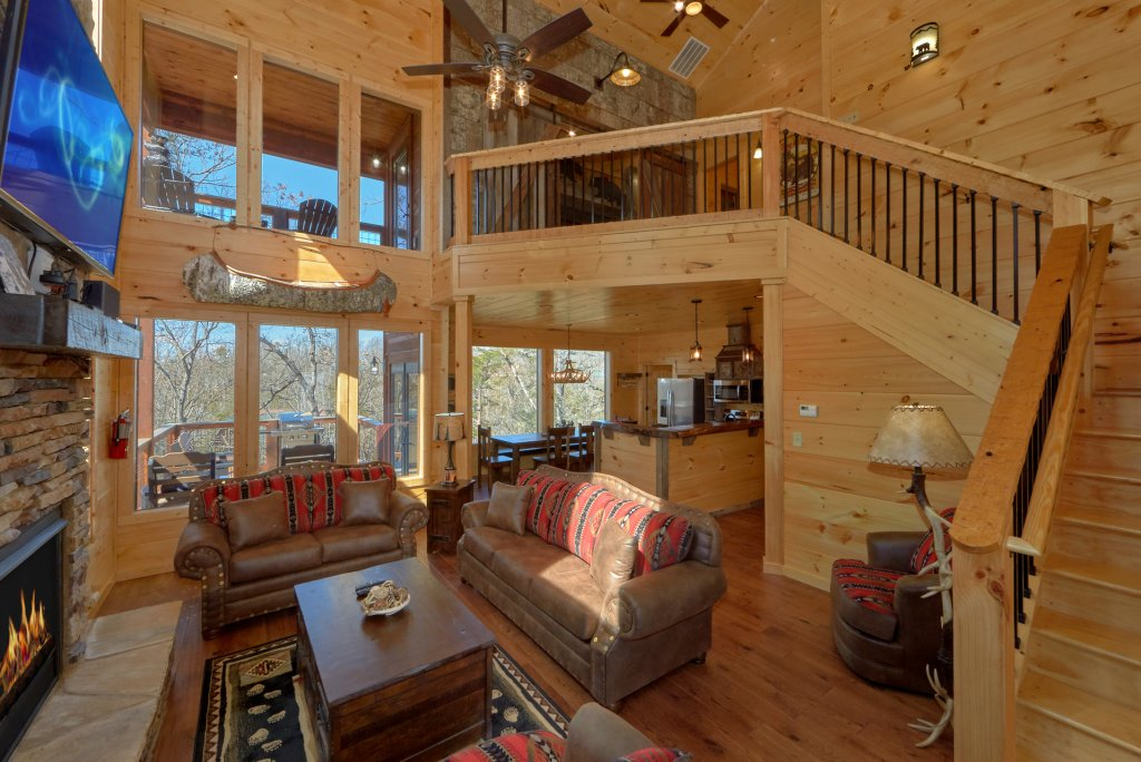 Photo of a Gatlinburg Cabin named Copper Creek Lodge - This is the twenty-first photo in the set.