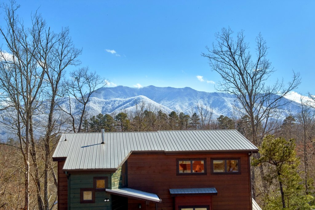 Photo of a Gatlinburg Cabin named Copper Creek Lodge - This is the seventeenth photo in the set.