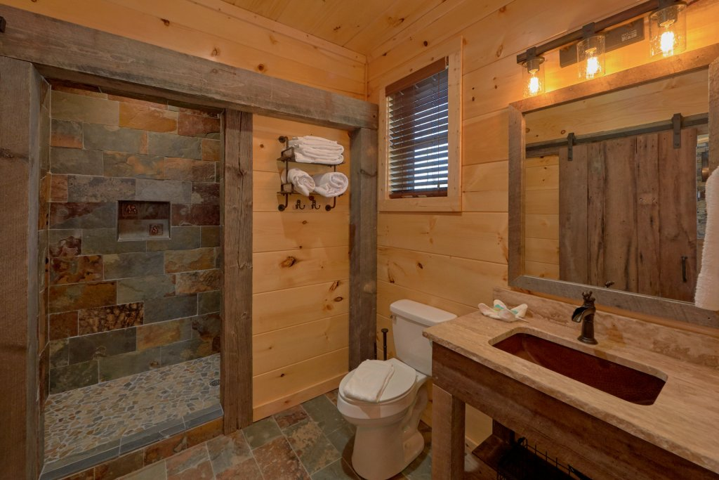 Photo of a Gatlinburg Cabin named Copper Creek Lodge - This is the forty-sixth photo in the set.