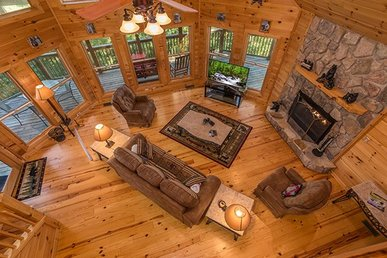 2 Bedroom, 2 Bath Deluxe Cabin For 7 With A Hot Tub In The Heart Of Wears Valley