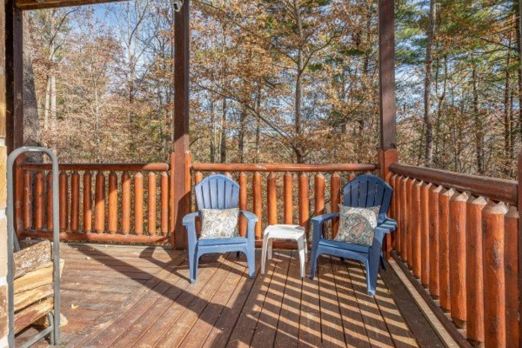 Photo of a Sevierville Cabin named All Hours - This is the twentieth photo in the set.