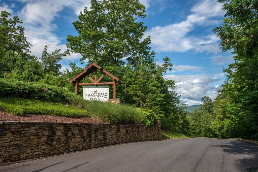 Photo of a Sevierville Cabin named Happy Place - This is the thirtieth photo in the set.
