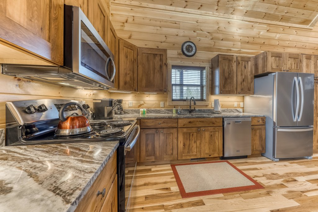 Photo of a Sevierville Cabin named American Adventure - This is the fifth photo in the set.