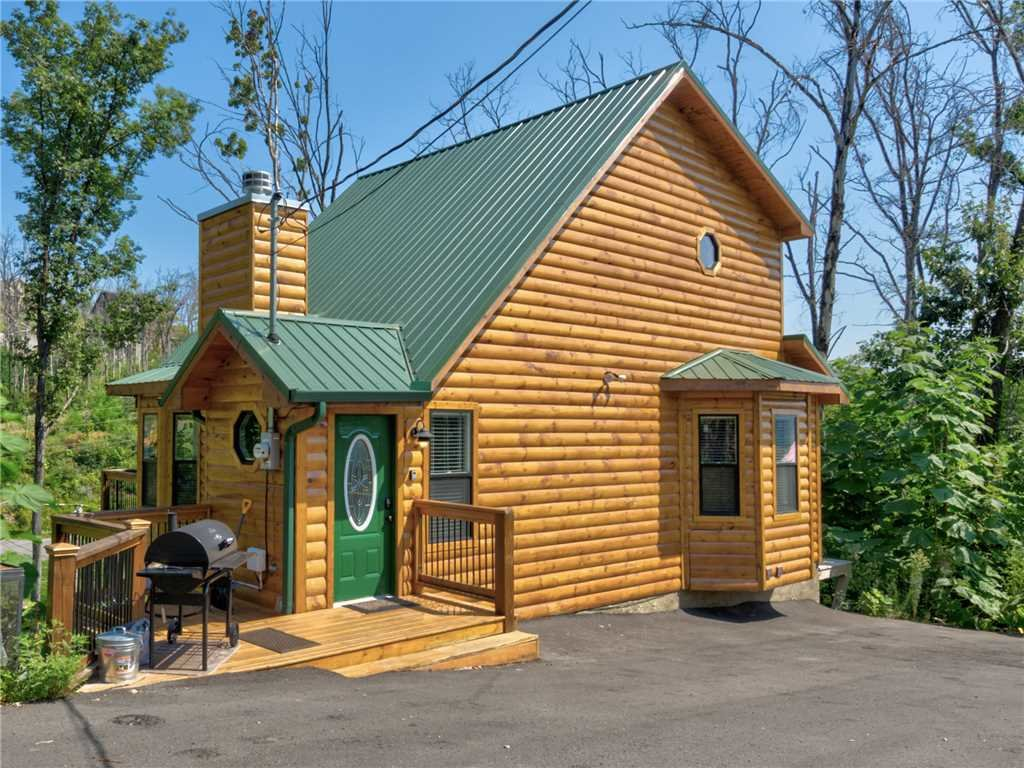Photo of a Gatlinburg Cabin named Misty Hollow - This is the twenty-eighth photo in the set.
