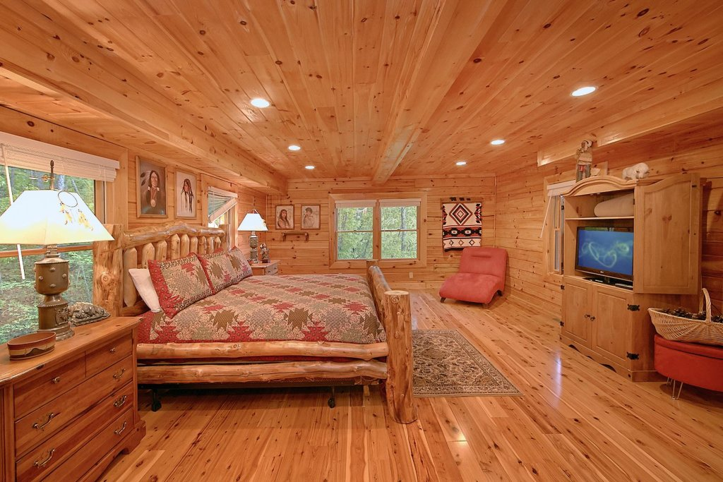 Photo of a Sevierville Cabin named Mountain Magic #73 - This is the eighth photo in the set.