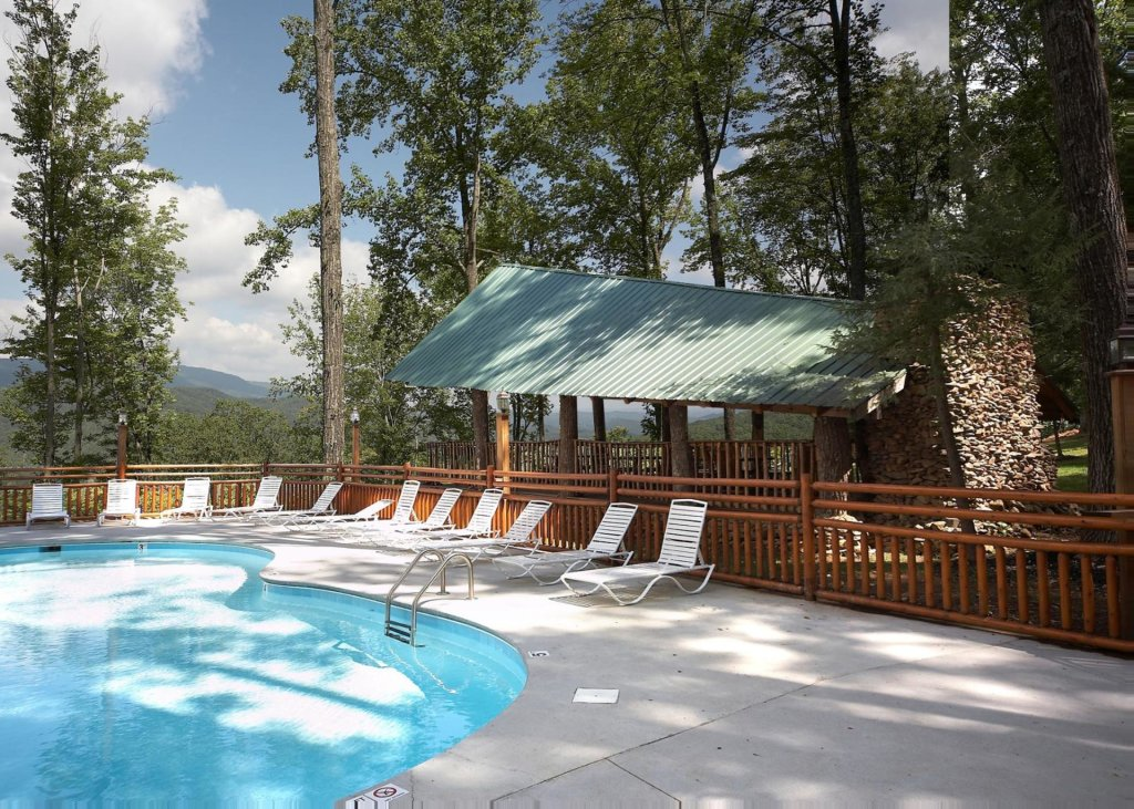 Photo of a Sevierville Cabin named Mountain Magic #73 - This is the twenty-eighth photo in the set.