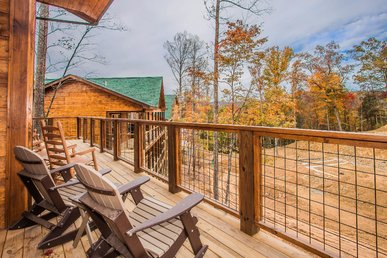Free Attractions! Dollywood And More!  Spacious, Game Room, Theater, Hot Tub