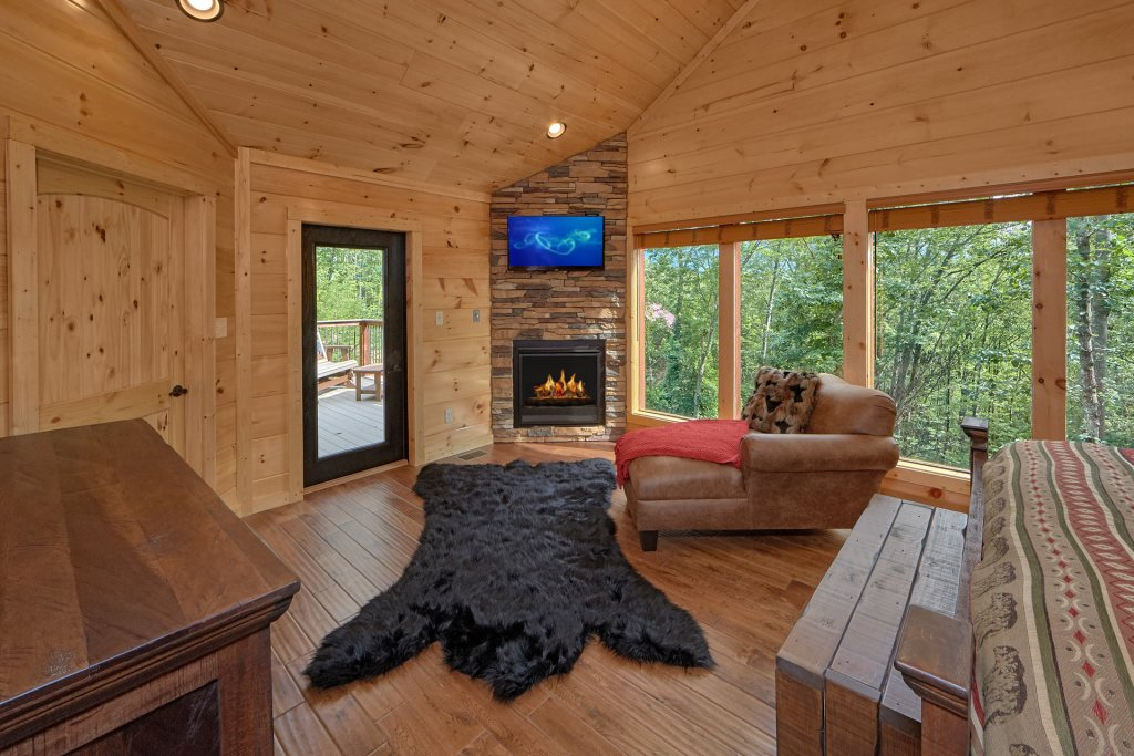 Photo of a Gatlinburg Cabin named Big Sky Lodge - This is the twenty-second photo in the set.