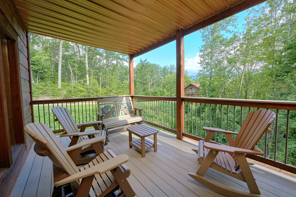 Photo of a Gatlinburg Cabin named Big Sky Lodge - This is the sixth photo in the set.