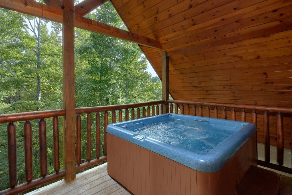Photo of a Gatlinburg Cabin named Diamond Mine - This is the second photo in the set.