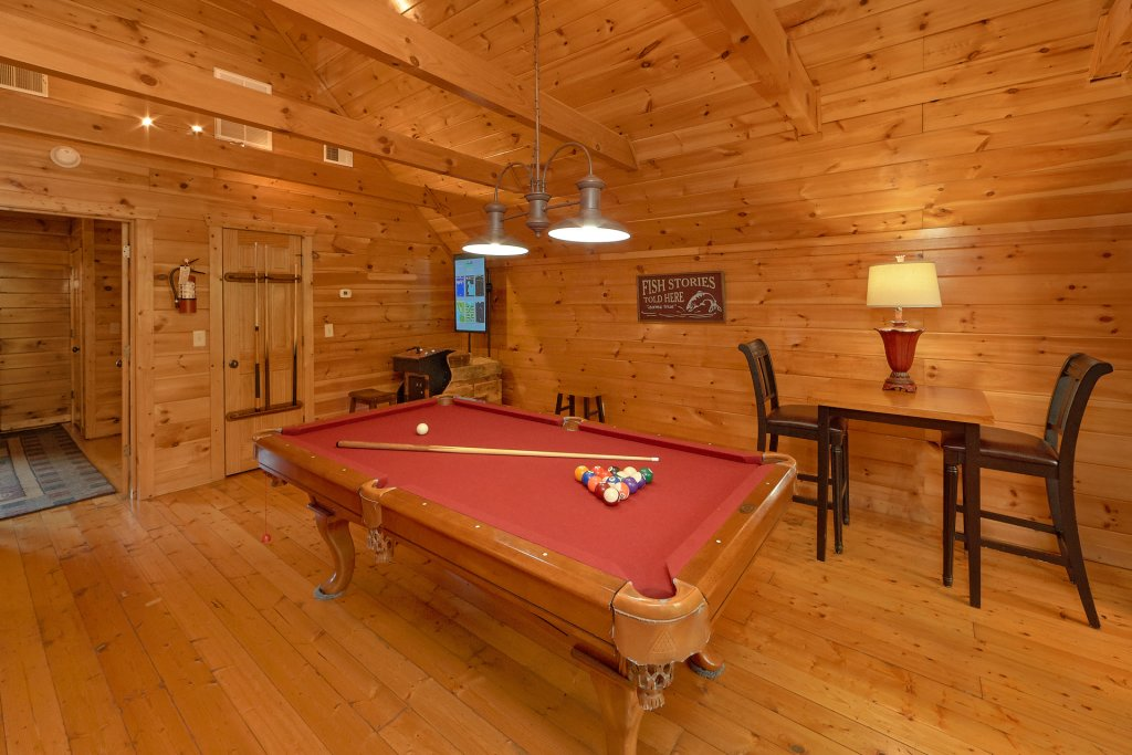 Photo of a Gatlinburg Cabin named Diamond Mine - This is the eighth photo in the set.