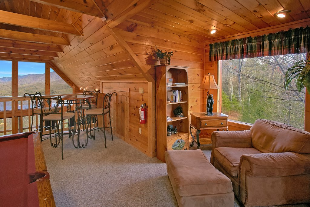 Photo of a Gatlinburg Cabin named Bearfoot Memories - This is the seventeenth photo in the set.