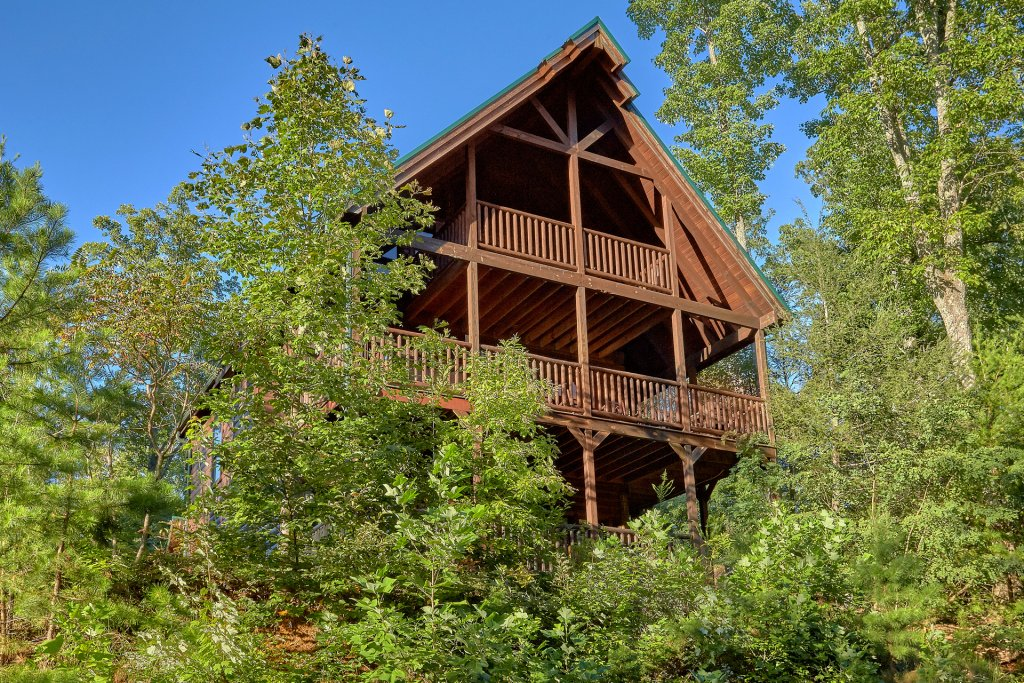 Photo of a Gatlinburg Cabin named Buckwild - This is the twenty-seventh photo in the set.