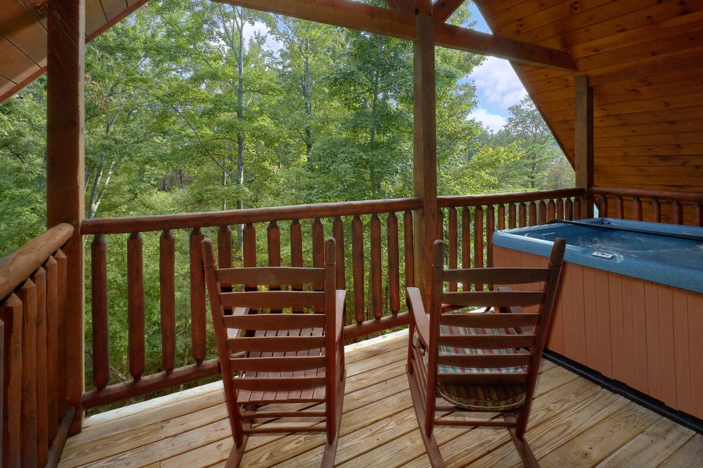 Photo of a Gatlinburg Cabin named Diamond Mine - This is the fifth photo in the set.