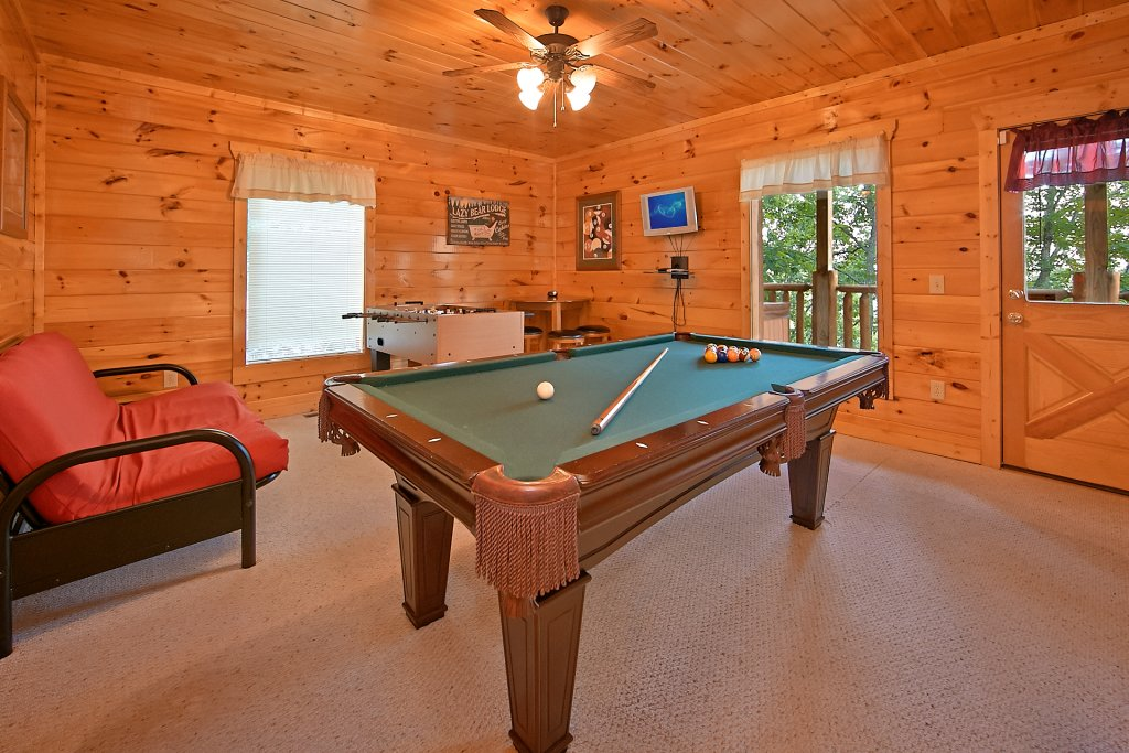 Photo of a Pigeon Forge Cabin named Breathtaking Views - This is the fourth photo in the set.
