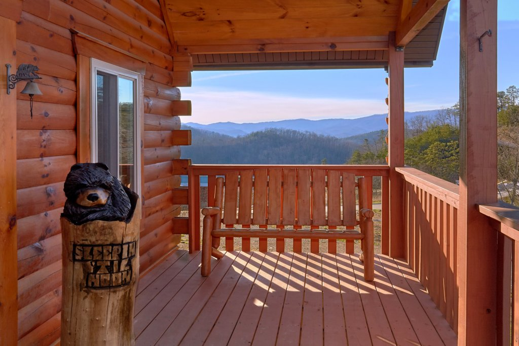Photo of a Sevierville Cabin named Blessed Point - This is the second photo in the set.