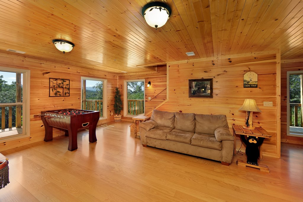 Photo of a Gatlinburg Cabin named Big Bear Lodge - This is the eleventh photo in the set.