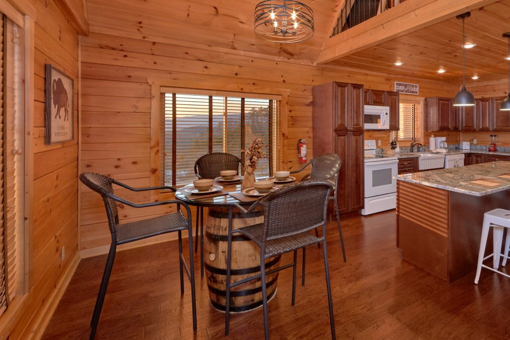 Photo of a Sevierville Cabin named Blessed Point - This is the twenty-second photo in the set.