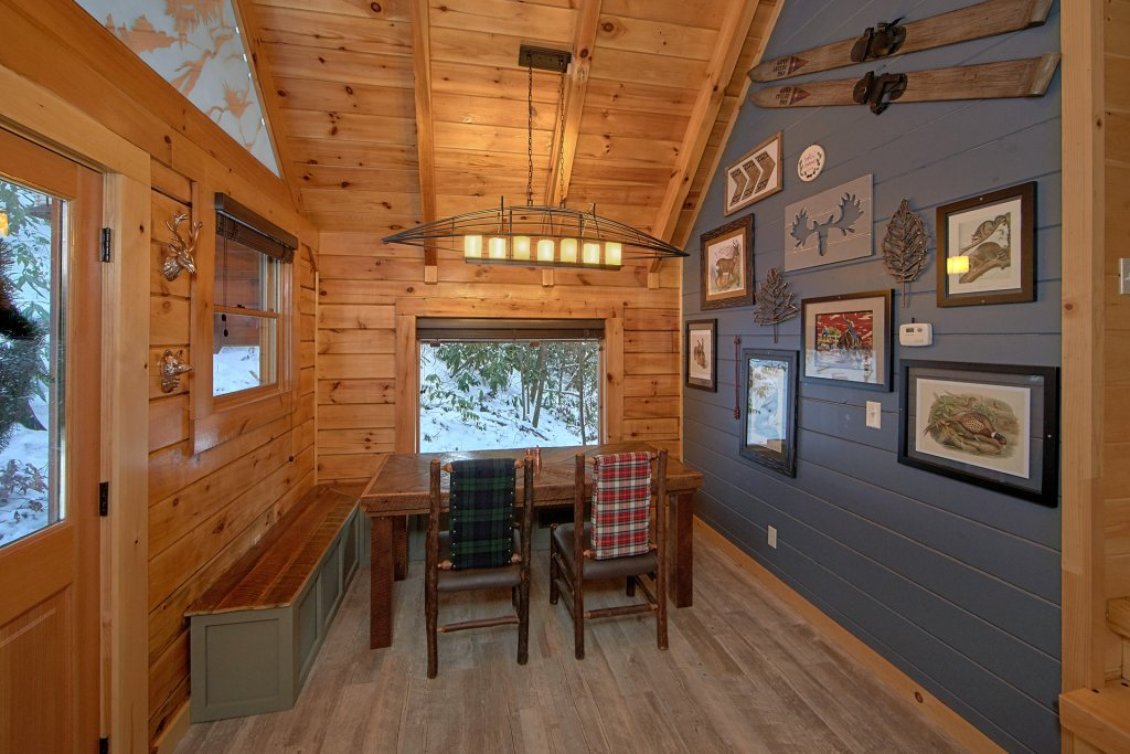 Photo of a Sevierville Cabin named Foolin Around - This is the twelfth photo in the set.