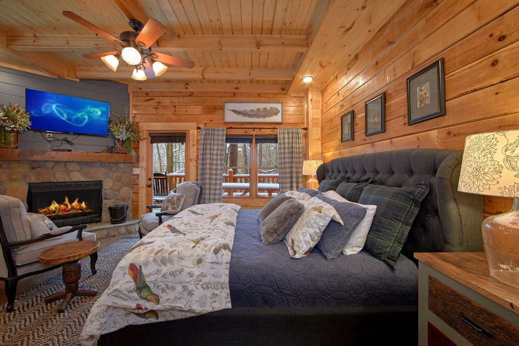 Photo of a Sevierville Cabin named Foolin Around - This is the fourteenth photo in the set.