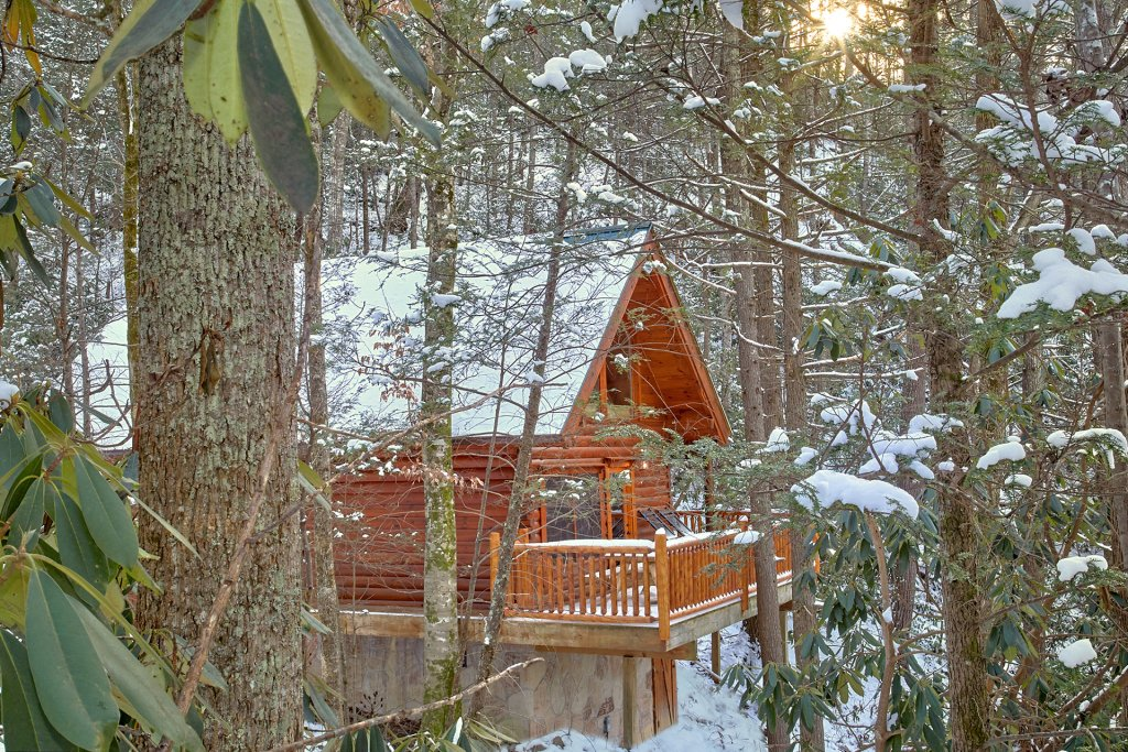 Photo of a Sevierville Cabin named Foolin Around - This is the first photo in the set.