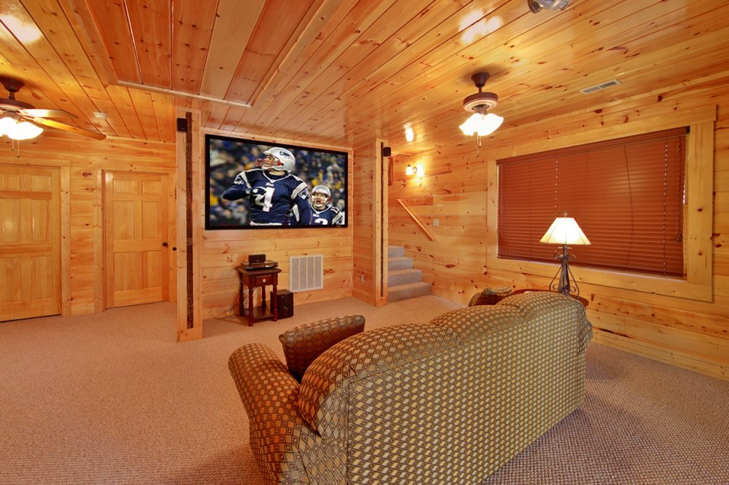Photo of a Gatlinburg Cabin named Blackjack - This is the third photo in the set.