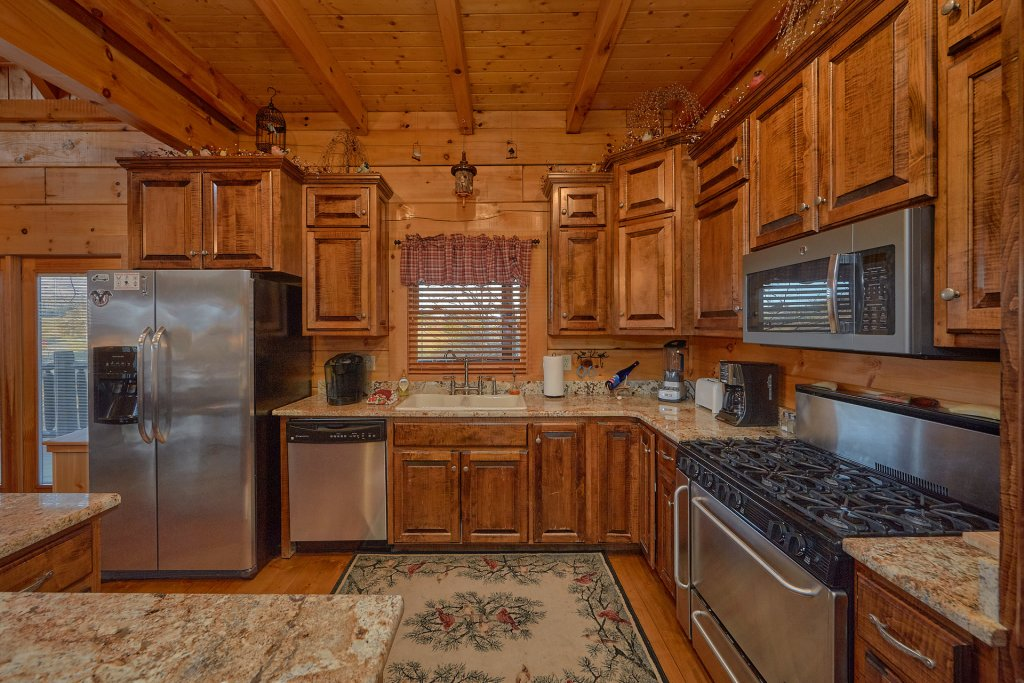 Photo of a Pigeon Forge Cabin named Falling Leaf - This is the twentieth photo in the set.