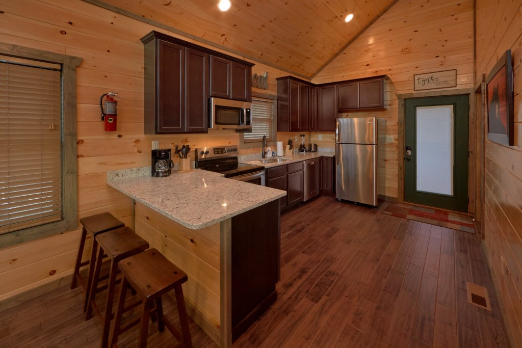 Photo of a Gatlinburg Cabin named Blackberry Springs - This is the thirteenth photo in the set.