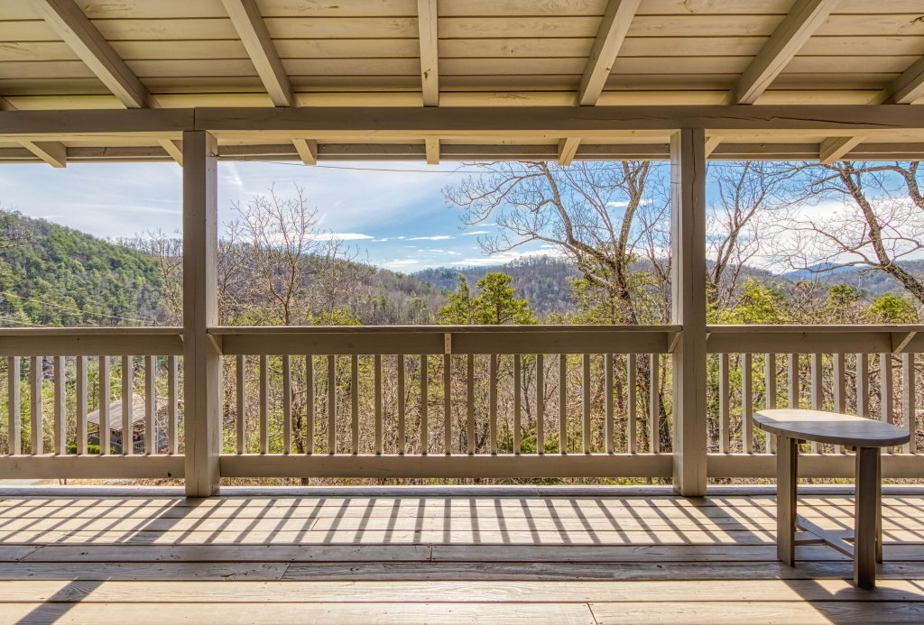 Photo of a Sevierville Cabin named Evening Shade #129 - This is the twentieth photo in the set.