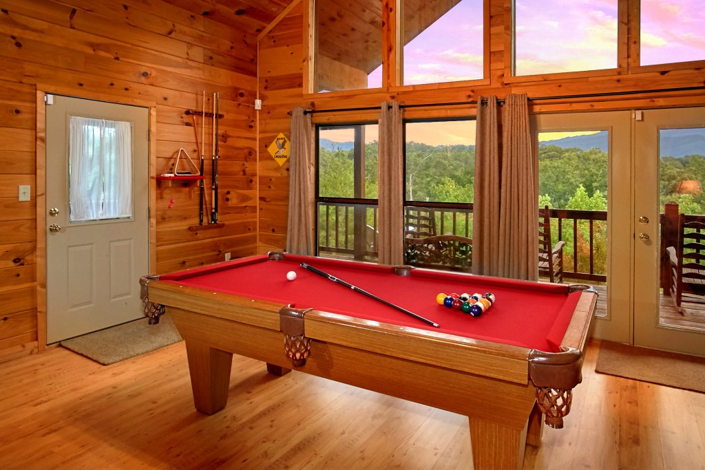 Photo of a Gatlinburg Cabin named Hawks Vue - This is the fifth photo in the set.