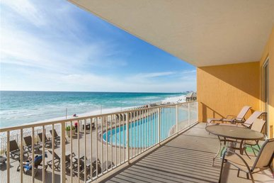 Treasure Island 207, 2 Bedrooms, Beachfront, Wi-fi, Pool, Sleeps 8