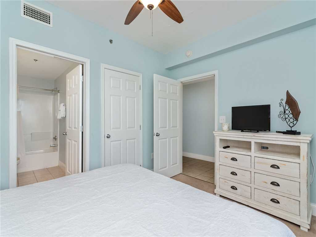 Photo of a Panama City Beach Condo named Laketown Wharf 1235 - This is the thirteenth photo in the set.