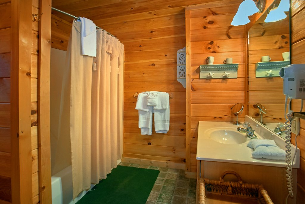 Photo of a Gatlinburg Cabin named Hawks Vue - This is the eighteenth photo in the set.