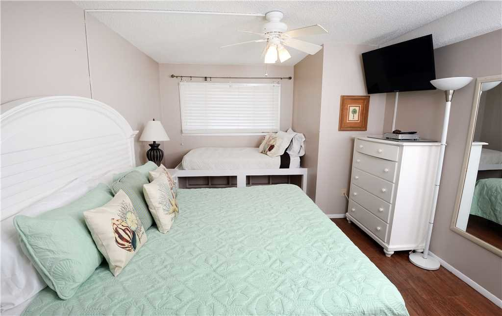 Photo of a Panama City Beach Condo named Summit 828 - This is the ninth photo in the set.