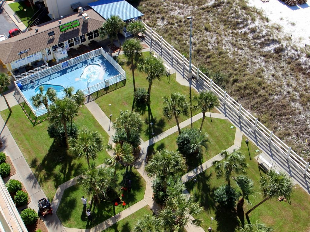 Photo of a Panama City Beach Condo named Summit 828 - This is the seventeenth photo in the set.