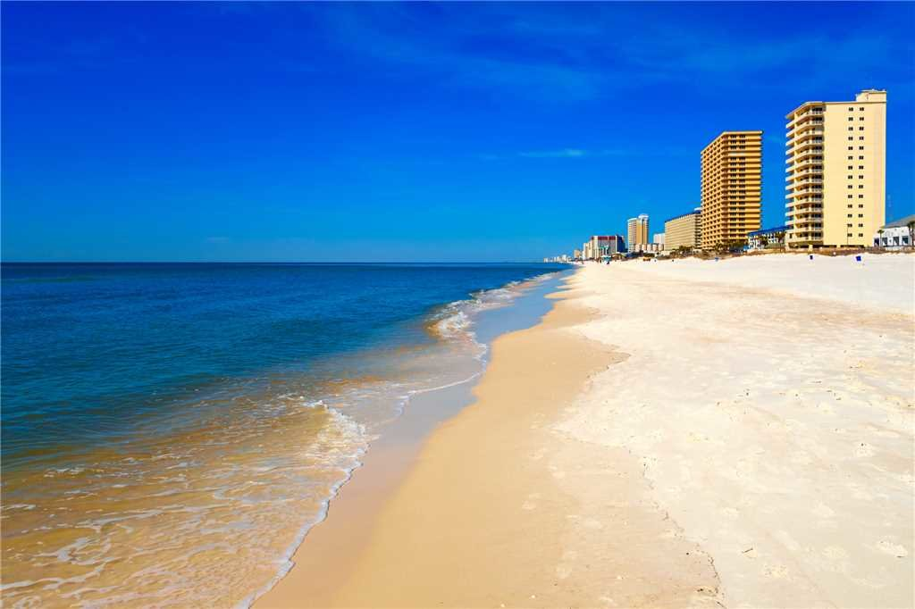 Photo of a Panama City Beach Condo named Summit 828 - This is the fourteenth photo in the set.