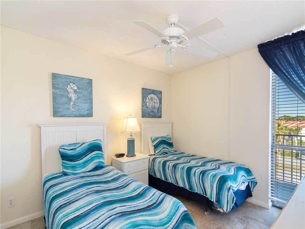 Photo of a Panama City Beach Condo named Edgewater Leeward 406 - This is the sixteenth photo in the set.