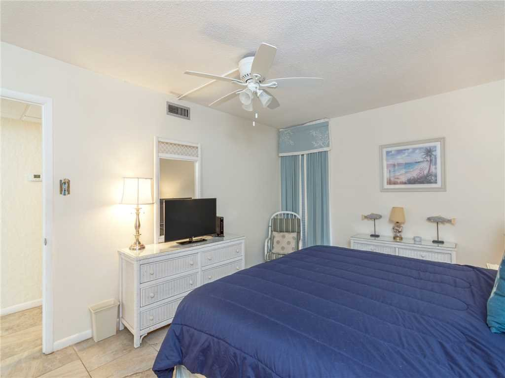 Photo of a Panama City Beach Condo named Edgewater Leeward 406 - This is the fourteenth photo in the set.