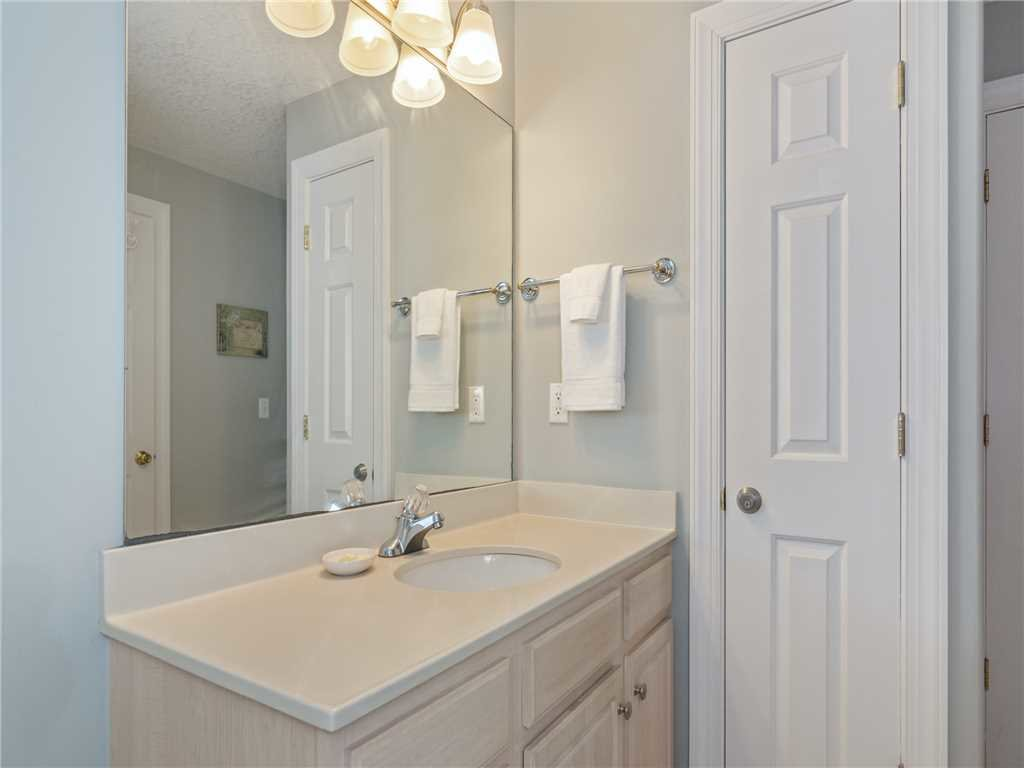 Photo of a Panama City Beach Condo named Twin Palms 1805 - This is the nineteenth photo in the set.