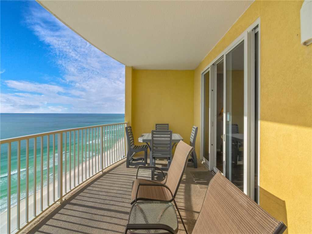 Photo of a Panama City Beach Condo named Twin Palms 1805 - This is the twenty-fourth photo in the set.